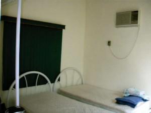 CORI1207 BRITT Guest House 002